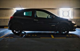 The Side Profile of the Clio RS