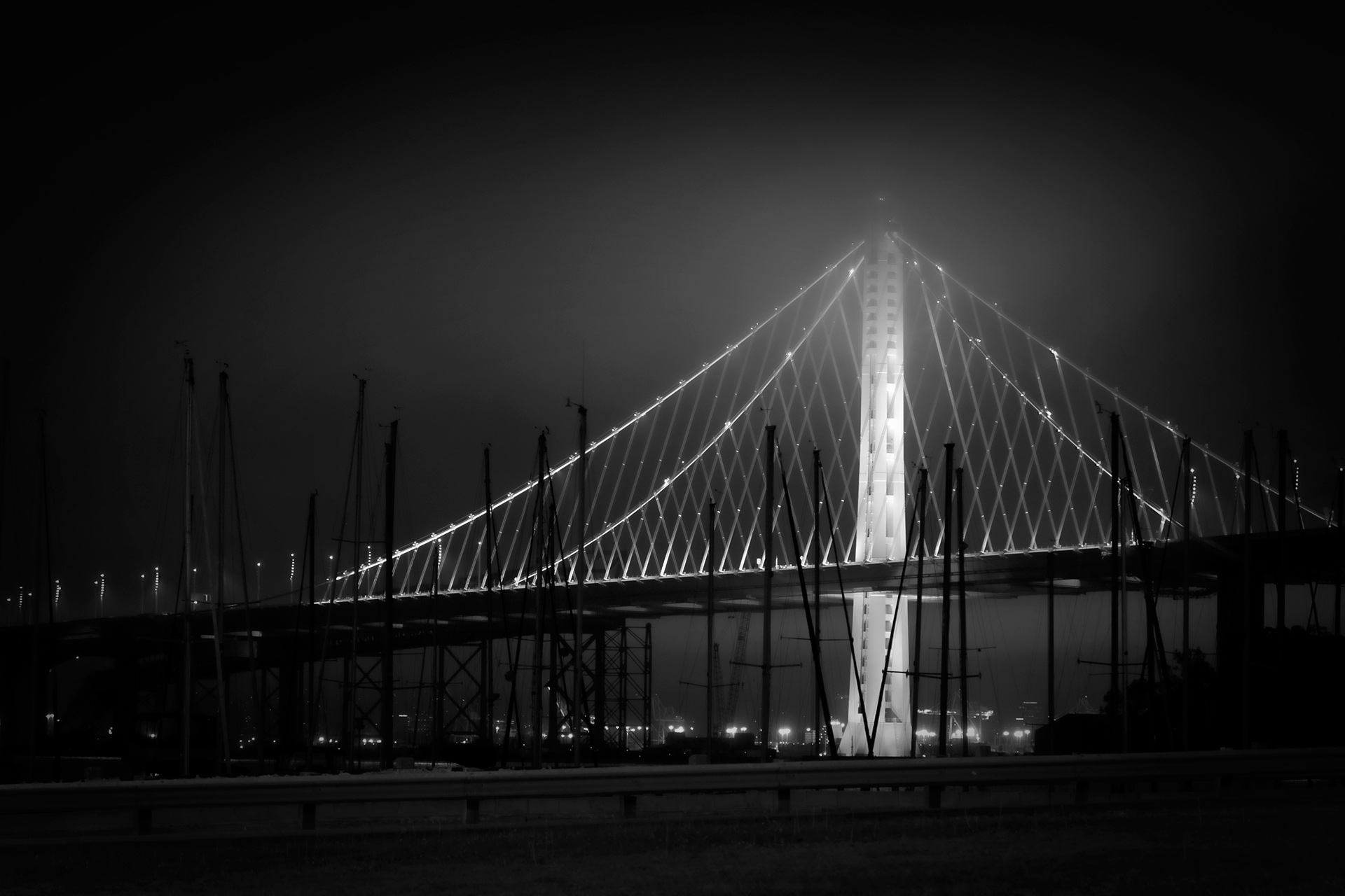 bay-bridge-san-francisco-foggy-night